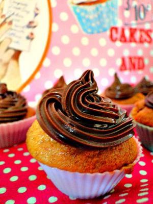 recette cupcakes au speculoos et glacage au nutella. Black Bedroom Furniture Sets. Home Design Ideas