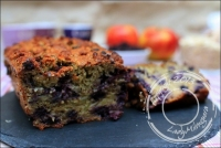 Cake healthy aux pommes avoine et myrtilles sans gluten et sans lactose