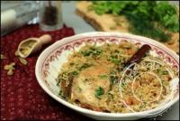 Poulet à l  oignon caramélisé et riz à la cardamome de Yotam Ottolenghi