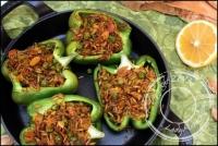 Poivrons farcis au riz indien petits pois et amandes vegan