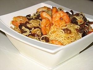 recette nouilles chinoises aux crevettes et champignons noirs diet gourmande overblog com. Black Bedroom Furniture Sets. Home Design Ideas
