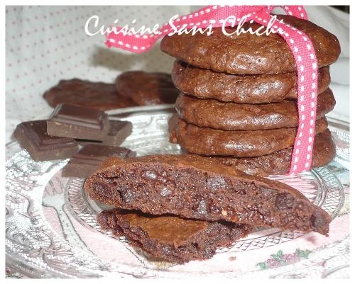 Recette cookies moelleux tout chocolat - Recette cookies chocolat moelleux ...