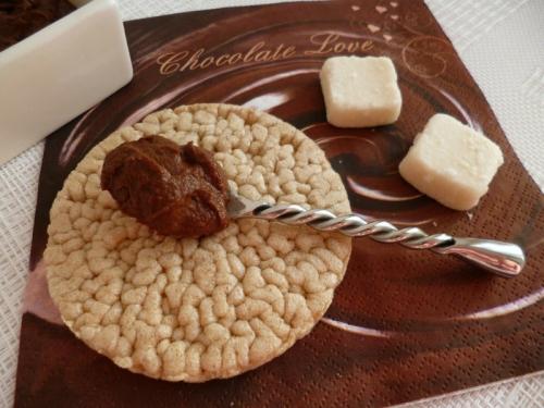 recette tartinade di t tique noix de coco et cacao cru avec sukrin sans sucre. Black Bedroom Furniture Sets. Home Design Ideas