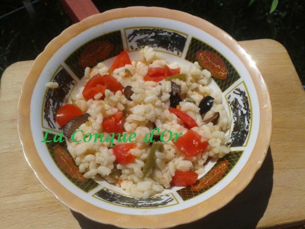 recette salade de riz aux haricots verts et poivron rouge. Black Bedroom Furniture Sets. Home Design Ideas
