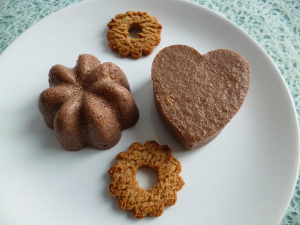 recette g teaux crus di t tiques cacaot s aux biscuits l 39 anis avec psyllium et yaourt sans. Black Bedroom Furniture Sets. Home Design Ideas