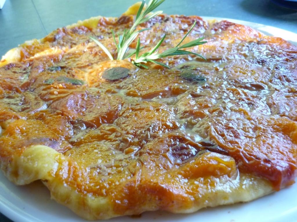Recettes de tarte tatin - Recette de tarte aux abricots ...