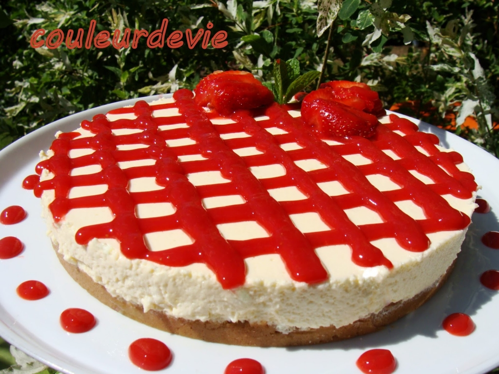 Recette cheesecake vanille au coulis de fraises sans cuisson au thermomix ou pas - Recette cheesecake sans cuisson ...