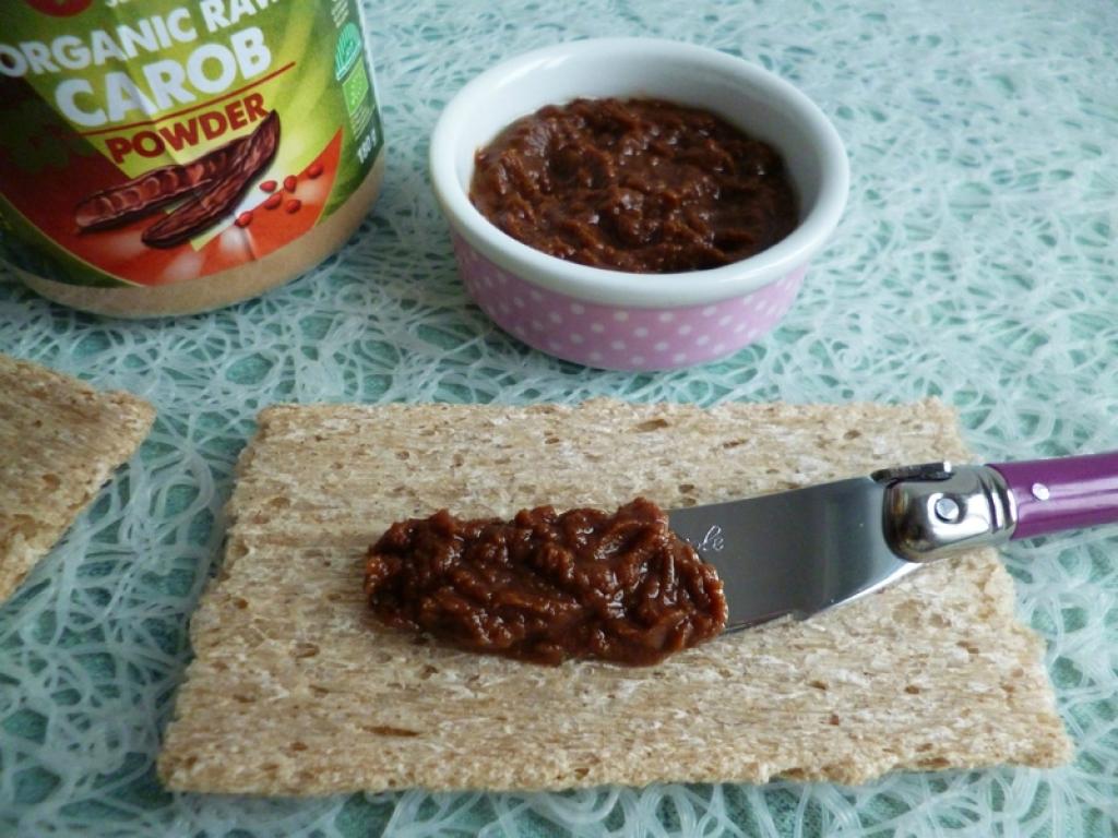 recette tartinade 100 crue la caroube et au beurre de cacao di t tique v gane sans sucre sans. Black Bedroom Furniture Sets. Home Design Ideas