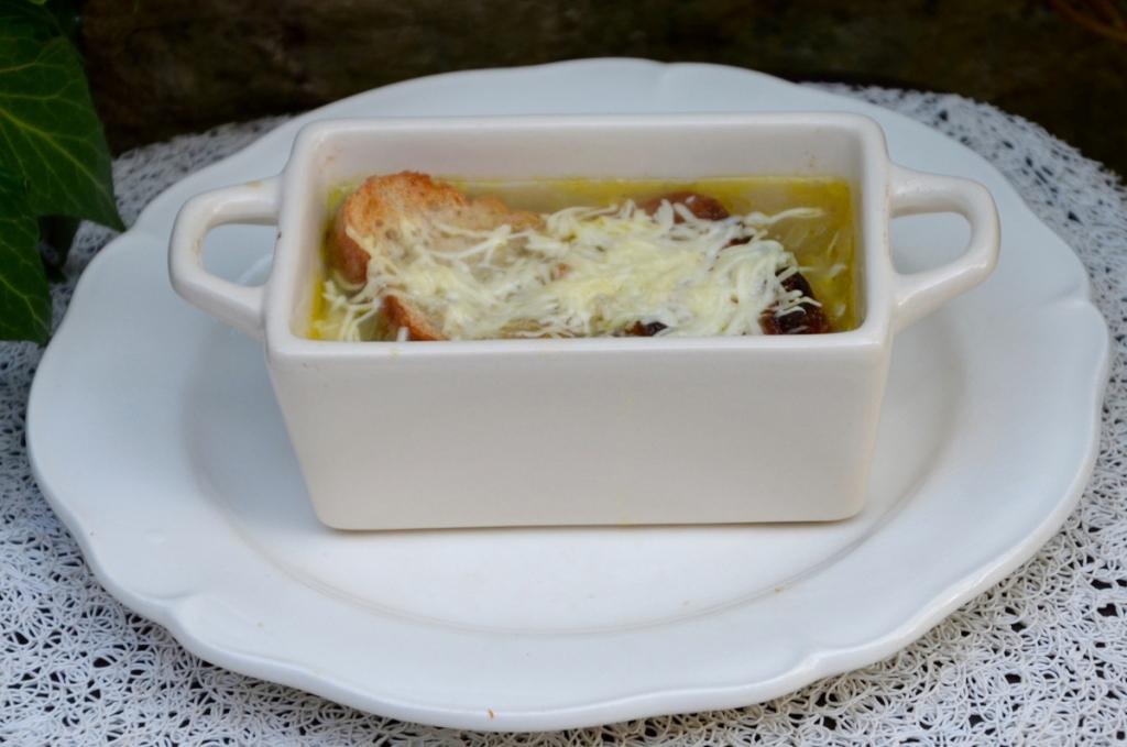 Recette soupe l 39 oignon gratin e 194283 - Soupe a l oignon gratinee ...